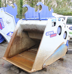 xcentric crusher xc40 bucket for sale used